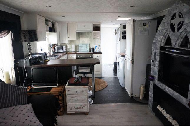 Lounge / Kitchen of Belsize Avenue, Clacton-On-Sea CO15