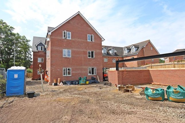 1 bed flat to rent in Middle Road, Park Gate, Southampton SO31