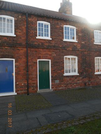 Thumbnail Terraced house to rent in Redbourne Street, Scunthorpe