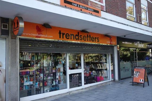 Thumbnail Retail premises for sale in Retail Shop And Hair Salon SO14, Hampshire