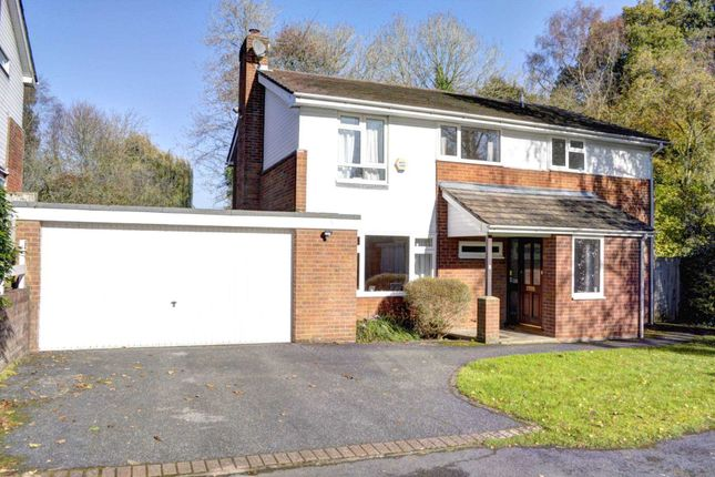 4 bed detached house for sale in Lammas Way, Lane End, High Wycombe