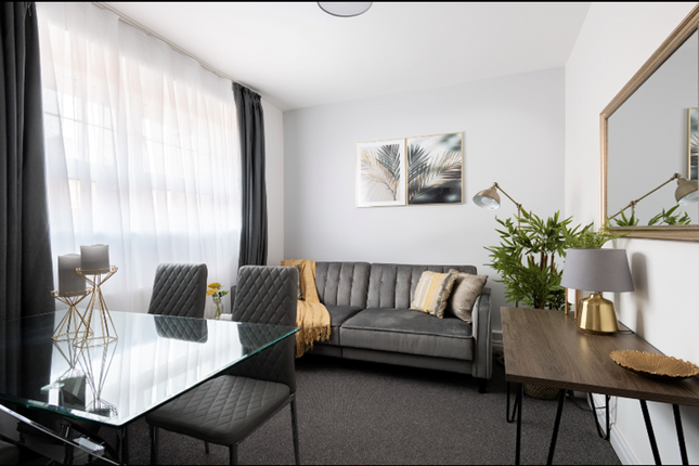 4 bed flat to rent in Chicksand Street, London E1