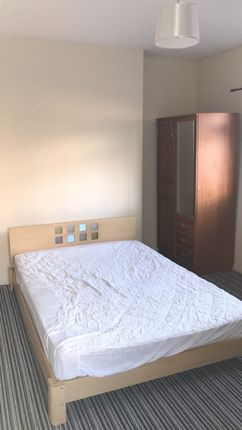 Thumbnail Shared accommodation to rent in Brynmill Avenue, Uplands, Swansea