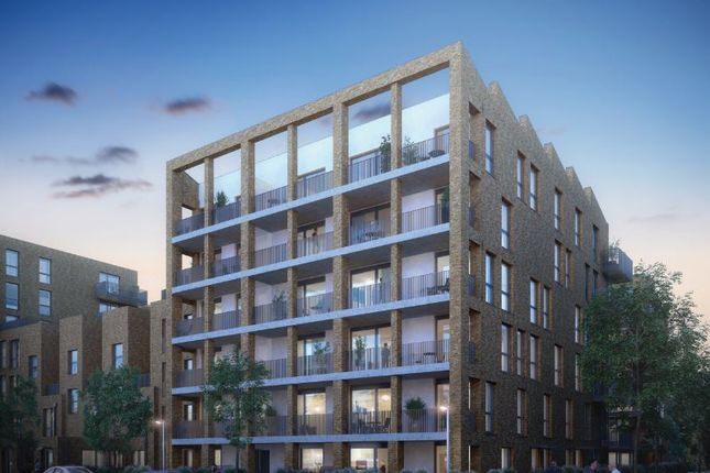 Thumbnail Flat for sale in Brentford Lock West, Durham Wharf Drive, London