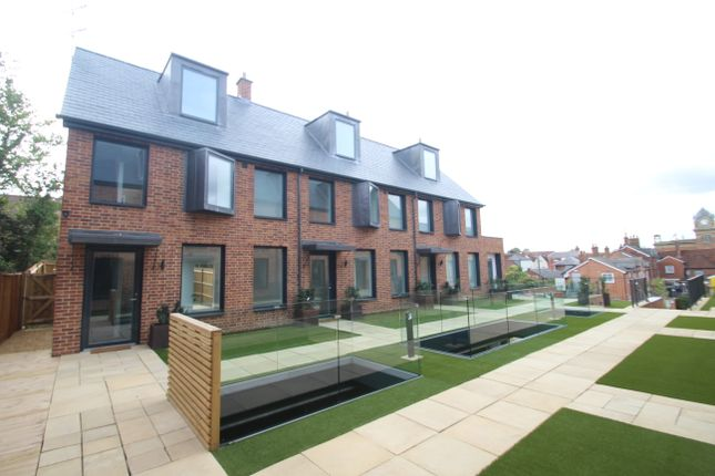 Thumbnail Terraced house for sale in Bewick Mews, High Street, Hungerford