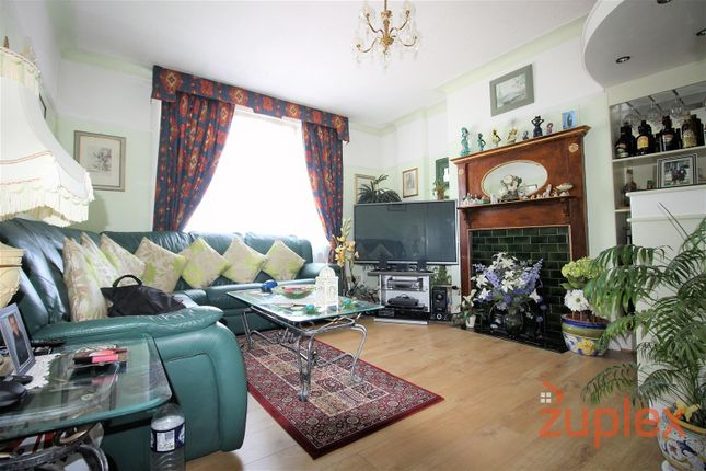 Thumbnail Property for sale in Tottenhall Road, London