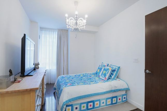 Thumbnail Property for sale in New York, Ny, 10128