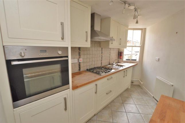 Thumbnail Flat to rent in High Street, Honiton, Devon