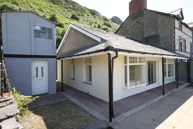 Thumbnail Semi-detached bungalow for sale in Friog, Fairbourne
