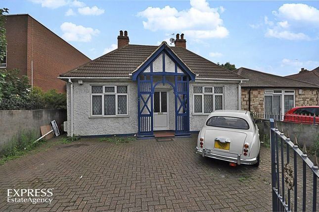Thumbnail Detached bungalow for sale in New Heston Road, Hounslow, Greater London