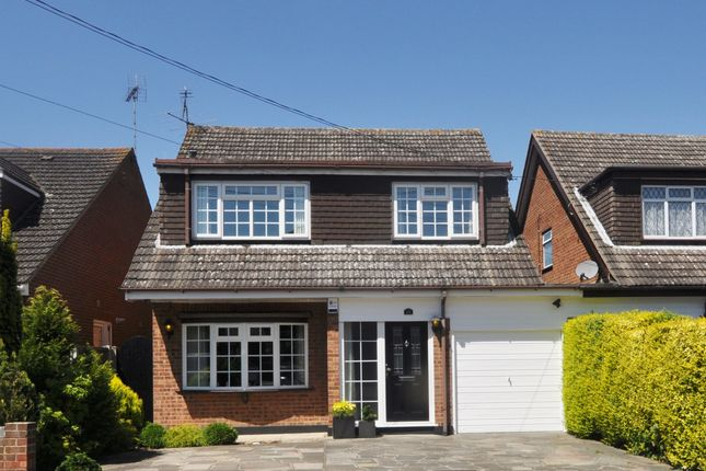 Thumbnail Link-detached house for sale in Bradley Avenue, Benfleet