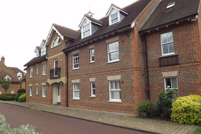 Thumbnail Flat to rent in Wethered Park, Marlow, Buckinghamshire