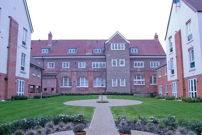 Thumbnail Flat for sale in Abbess Way, Waterlooville