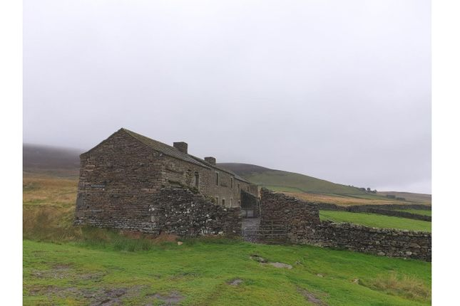 Brownberry And Cantrells Barn, Blades , Low Row, Richmond, North Yorkshire, DL11 6Px  (18)