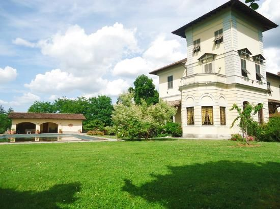 9 bed villa for sale in Novi Ligure, Novi Ligure, Alessandria, Piedmont, Italy