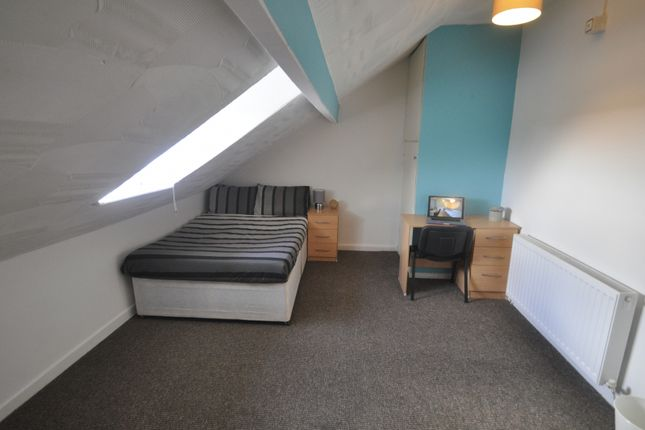 Room to rent in Westbury Street, Swansea SA1