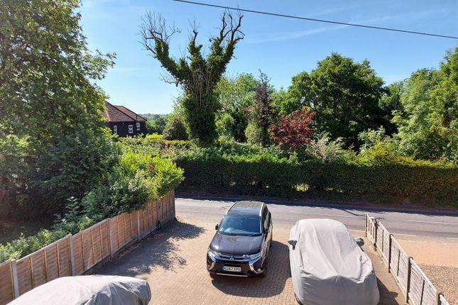 20200519_103209 of Hamlet Hill, Roydon, Essex - Chain Free CM19