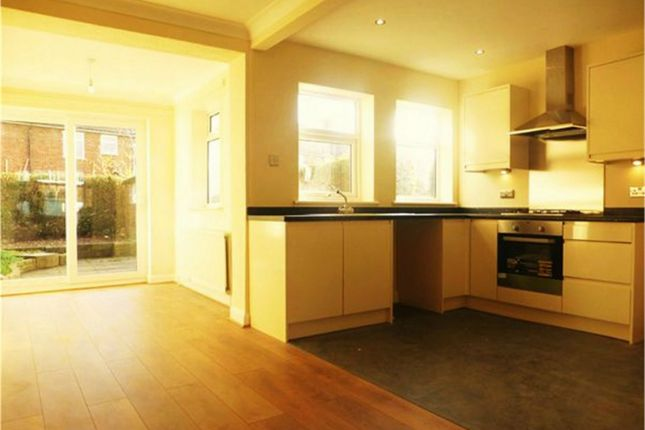 Thumbnail Town house to rent in Clive Grove, York