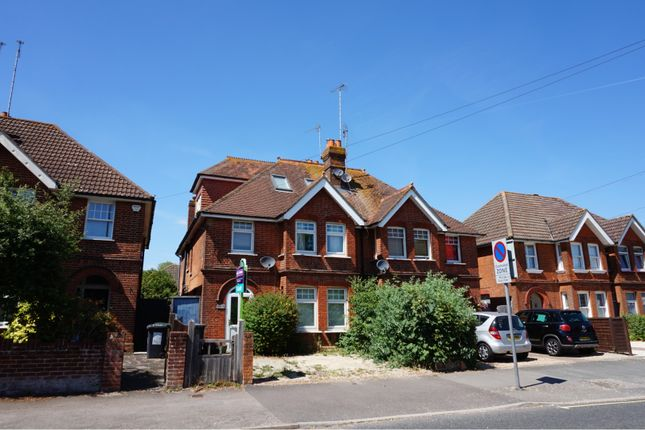 Thumbnail Semi-detached house to rent in Winchester Road, Basingstoke