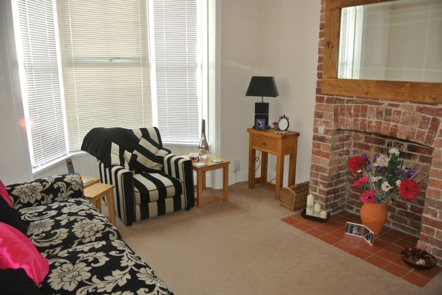 Thumbnail Terraced house to rent in Sussex Avenue, Ashford