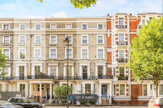 3 bed flat to rent in Cromwell Road, London