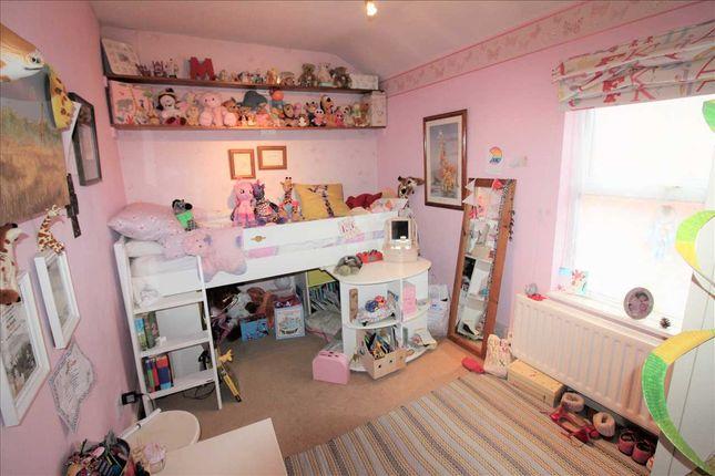"Bedroom Three 11'10"" x 7'11"""
