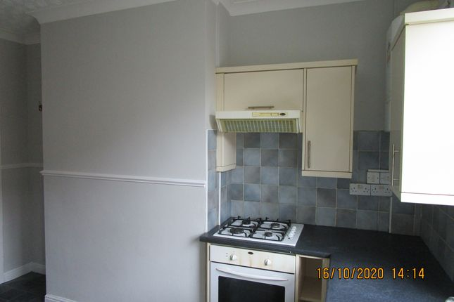 Kitchen of Harcourt Terrace, Rotherham S65