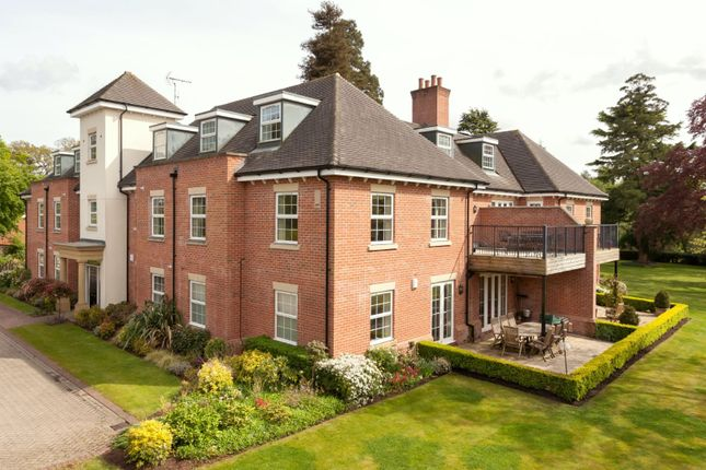 Thumbnail Flat for sale in Chilworth Heights, Chilworth Drove, Chilworth, Southampton