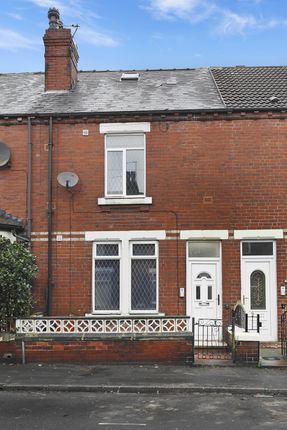 Spacious HMO Conveniently Located Within A Stone's Throw Of Castleford Centre!
