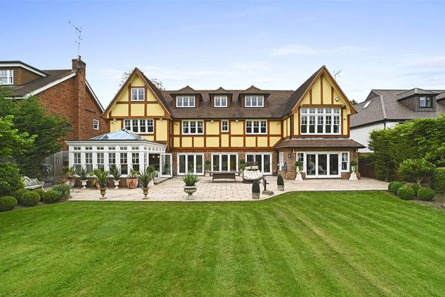6 bed detached house for sale in Heronway, Hutton Mount, Brentwood, Essex CM13