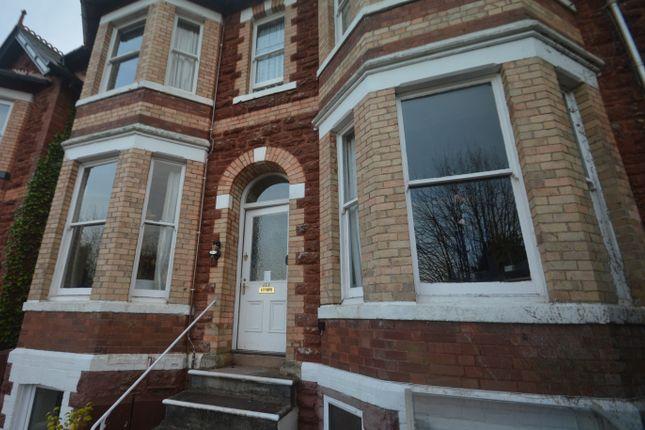 Thumbnail Flat to rent in Walnut Road, Torquay