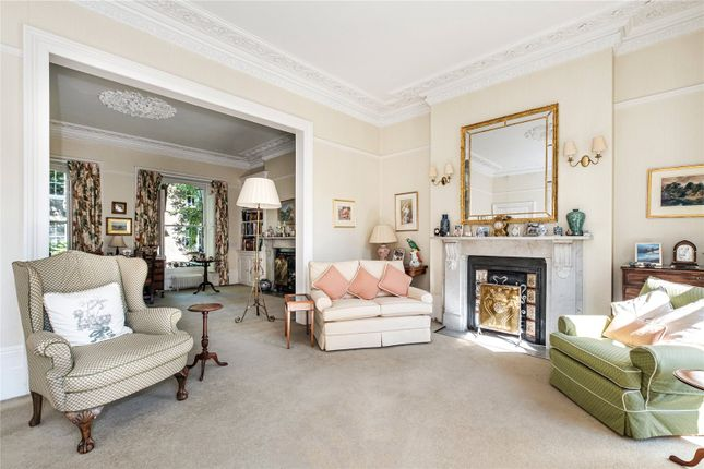 Thumbnail Semi-detached house for sale in Alwyne Place, London