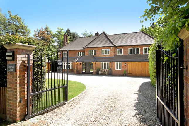 Thumbnail Detached house for sale in Long Walk, Chalfont St. Giles, Buckinghamshire