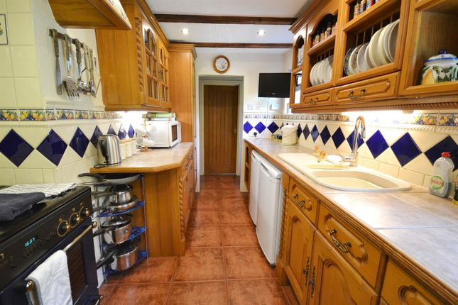 Kitchen of Seven Wells, Sardis, Saundersfoot SA69