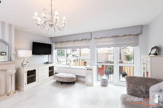 Thumbnail Flat for sale in Westcott House, East India Dock Road, London