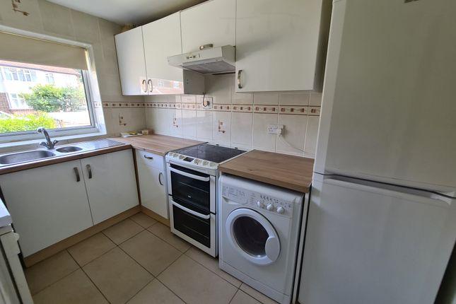 4 bed terraced house to rent in Kenton Lane, Harrow HA3