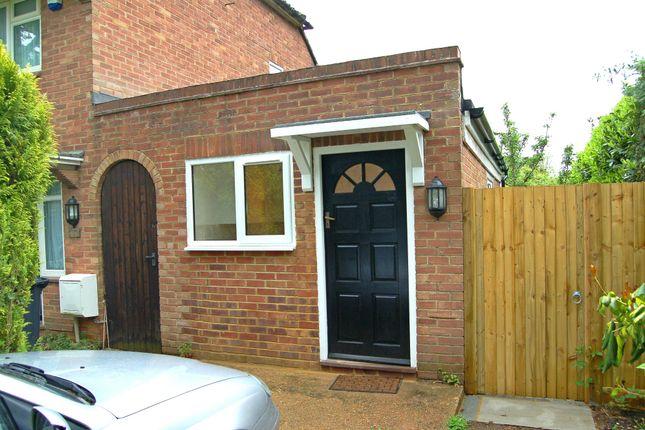 Thumbnail Studio to rent in Ashenground Road, Annexe, Haywards Heath