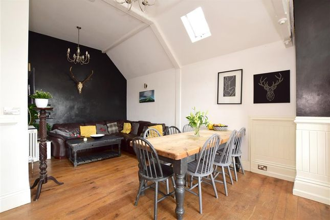 5 bed terraced house for sale in Stewards Inn Lane, Lewes, East Sussex