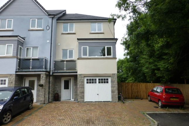 Thumbnail Property to rent in Coed Y Neuadd, Bronwydd Rd, Carmarthen