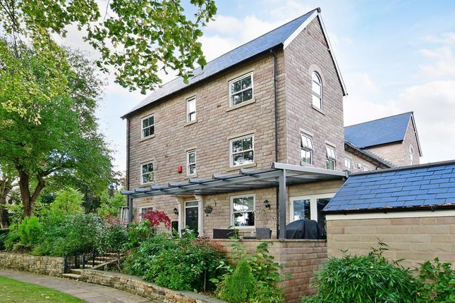 4 bed town house for sale in Taptonville Court, Broomhill, Sheffield S10