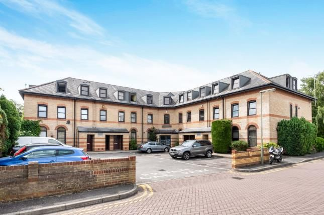 Thumbnail Flat for sale in Watchetts Road, Camberley, Surrey