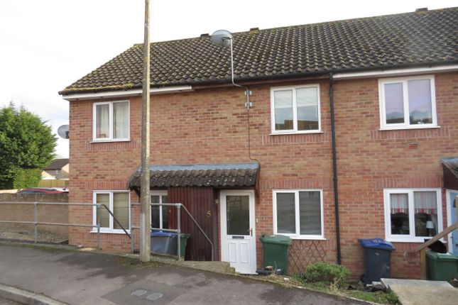 Thumbnail Property to rent in Centurion Close, Chippenham, Wilts