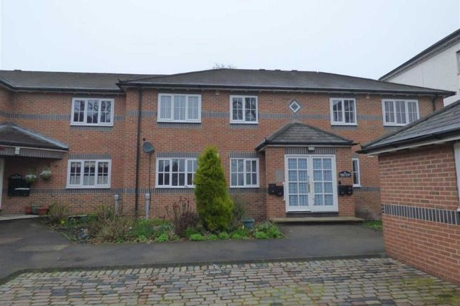 Thumbnail Flat for sale in Kingsfisher Rise, Hull, East Yorkshire