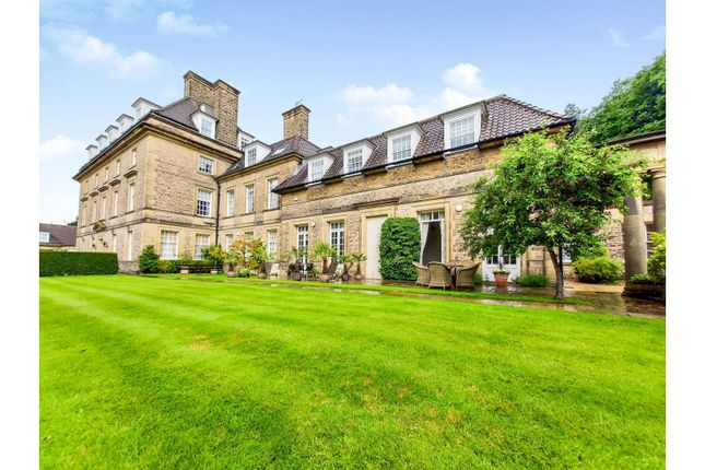 4 bed mews house for sale in King Edwards, Sheffield S6