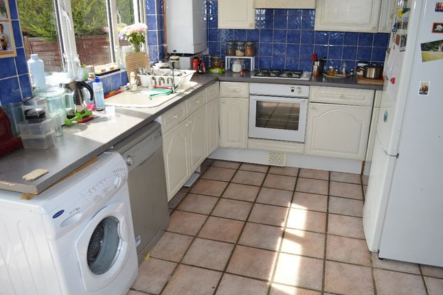Thumbnail Terraced house to rent in Shirley Gardens, Barking
