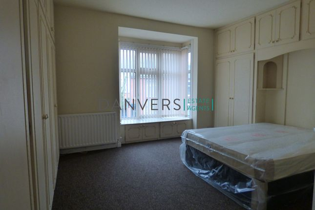 Thumbnail Detached house to rent in Beaconsfield Road, Leicester