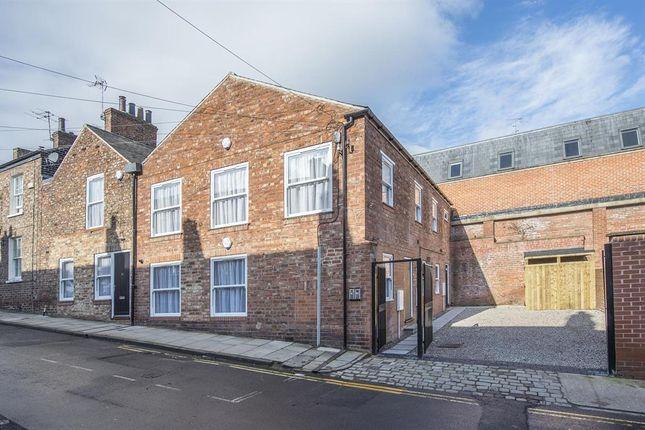 Thumbnail Flat to rent in Buckingham Street, York