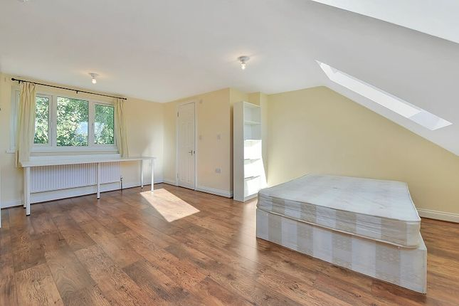 Thumbnail Town house to rent in Ambassador Square, Docklands / Greenwich