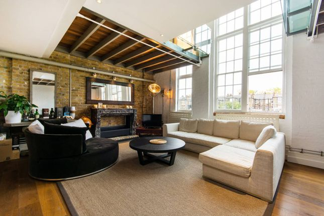 Thumbnail Flat for sale in Old Chesterton Building, Battersea Park