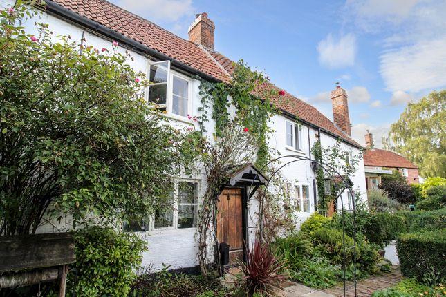 Thumbnail Cottage for sale in Stradbrook, Bratton, Westbury